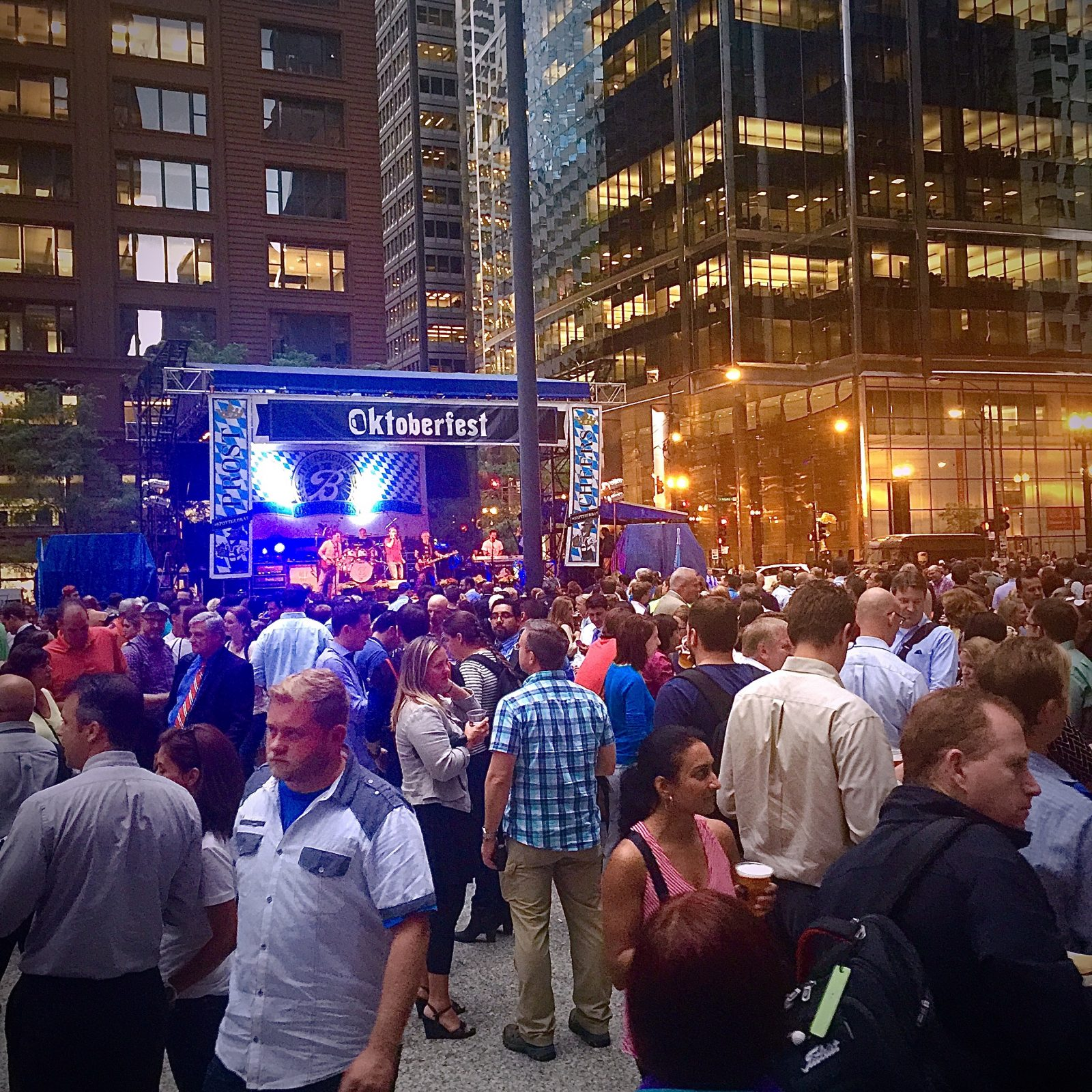Visiting the Berghoff's Oktoberfest in Downtown Chicago!