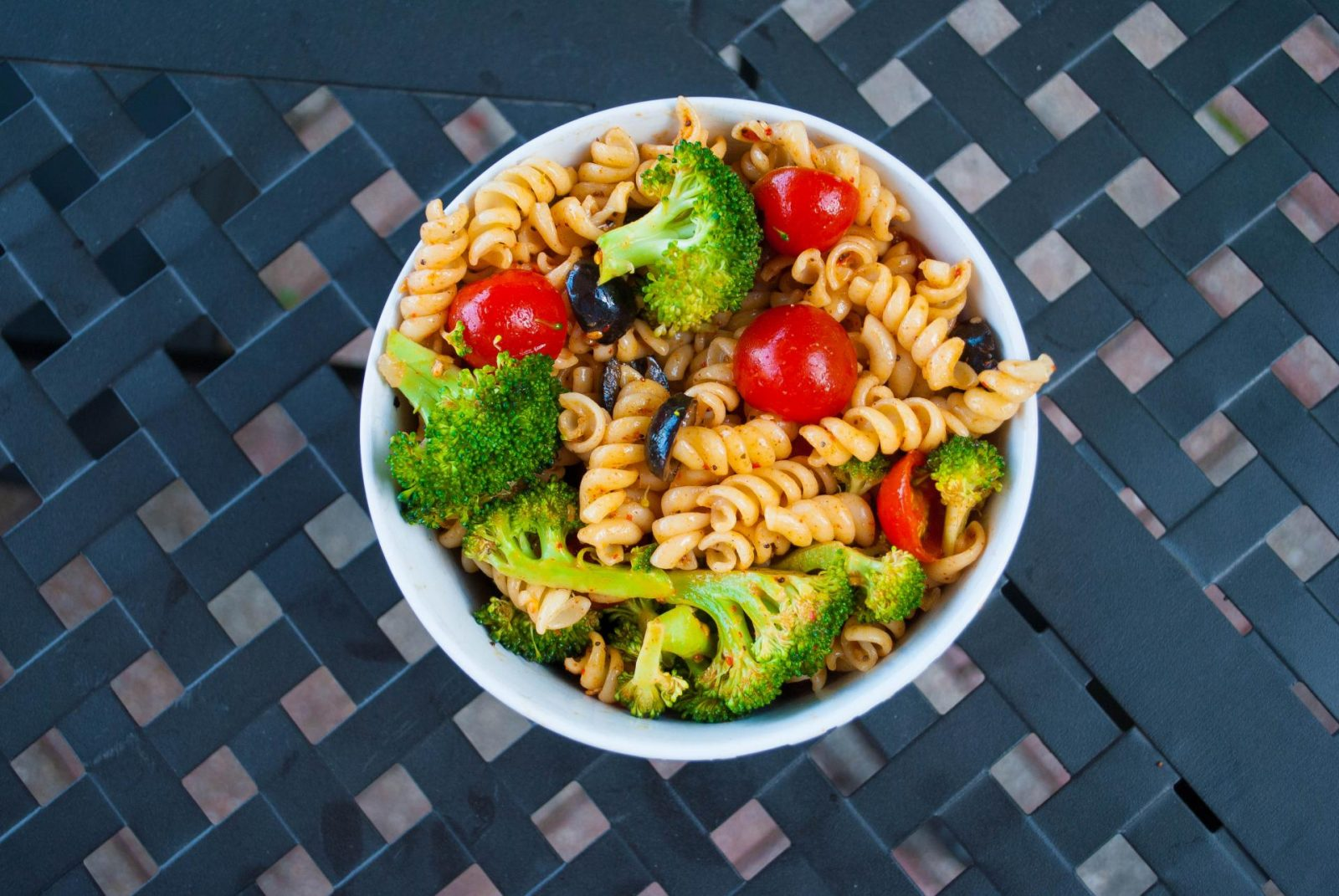 My Family's Magnificent Make-Ahead Pasta Salad Recipe!